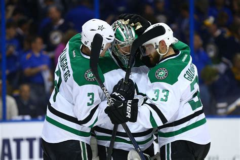 Dallas Stars edge Blues to force Game 7; Preds beat Sharks