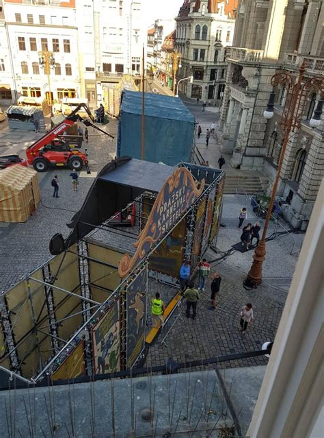 """More Pics From the Set of """"Spider-man: Far From Home"""" in"""