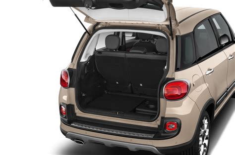 2015 FIAT 500L Reviews and Rating | Motor Trend