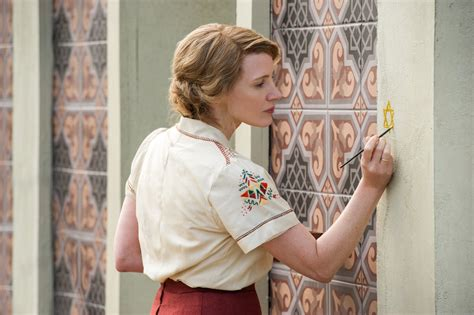 THE ZOOKEEPER'S WIFE Trailer, Clips, Featurette, Images