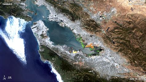 Bird's eye view of the Bay area - Landsat: 40 years of