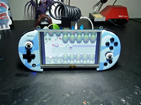 Don't Have a 3D Printer? Then This Handheld Console Build