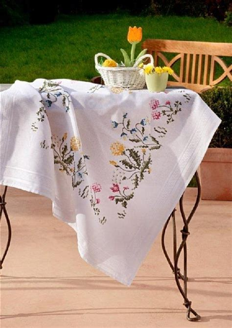 Deco-Line Stamped Cross Stitch Tablecloth Kit - Bluebells