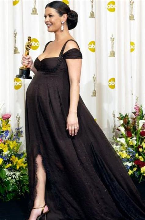 9 Gorgeous Pregnant Celebrities on the Red Carpet